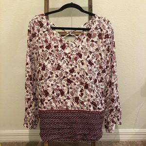 Off-White/Red Floral Blouse - Women's L/S Shirt